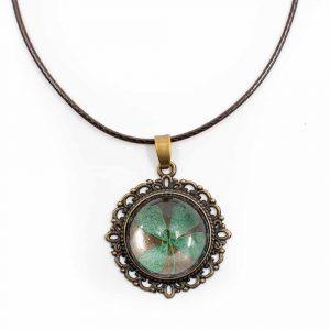 Halskette Antik vierblättriges Kleeblatt