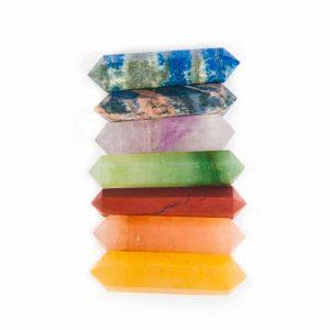 Set mit 7 Steinstäben in den Chakra-Farben