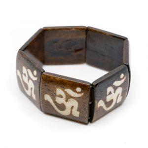 Holzarmband mit quadratischen Perlen OM