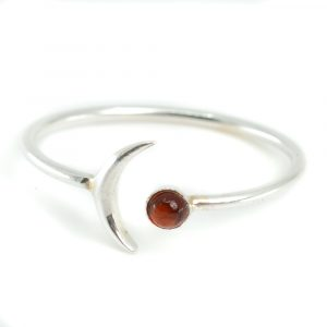 Geburtsstein Mond Ring Granat Januar - 925 Silber